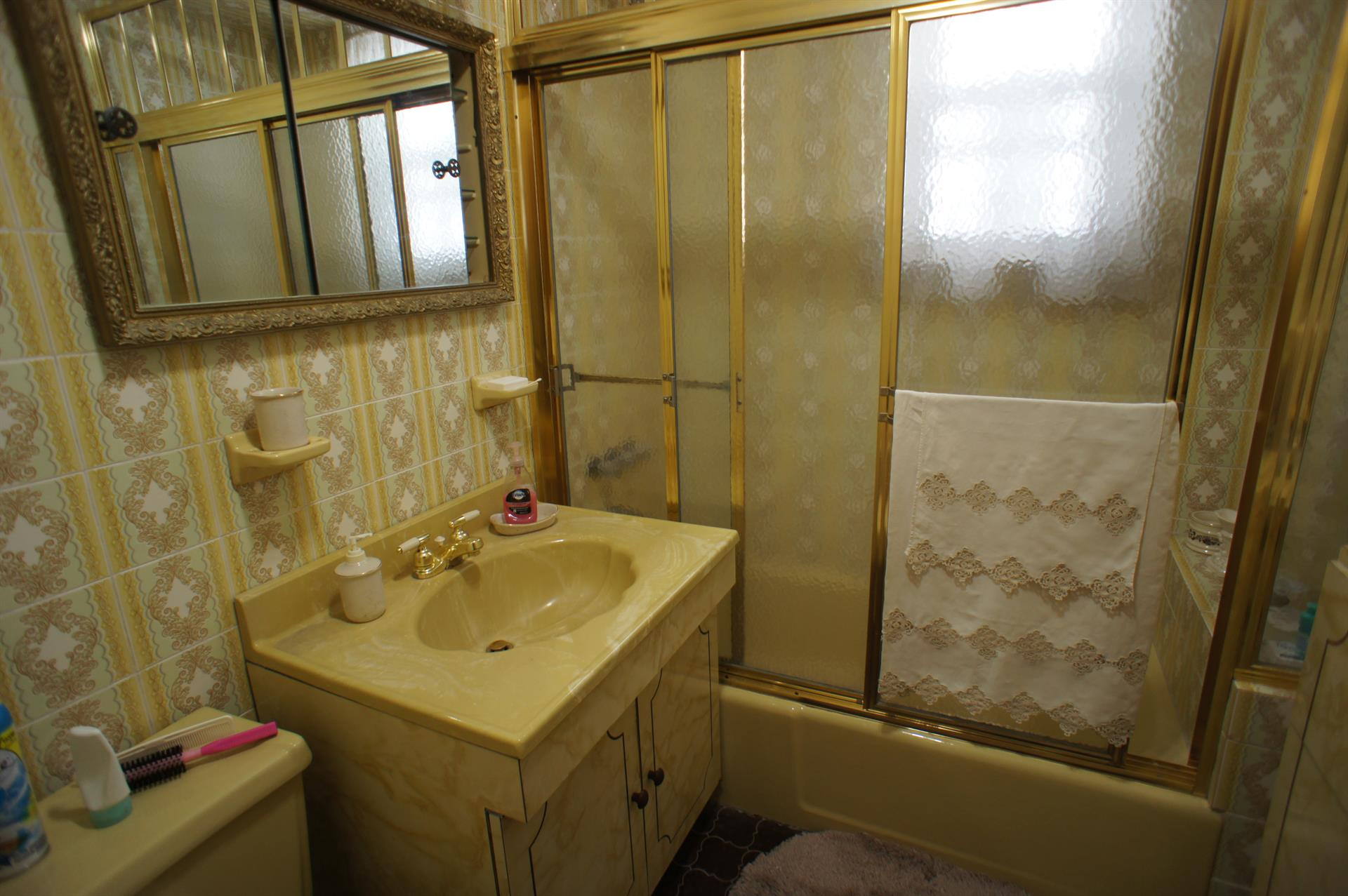 Additional photo for property listing at 8639 14th Ave  Brooklyn, New York 11228 United States