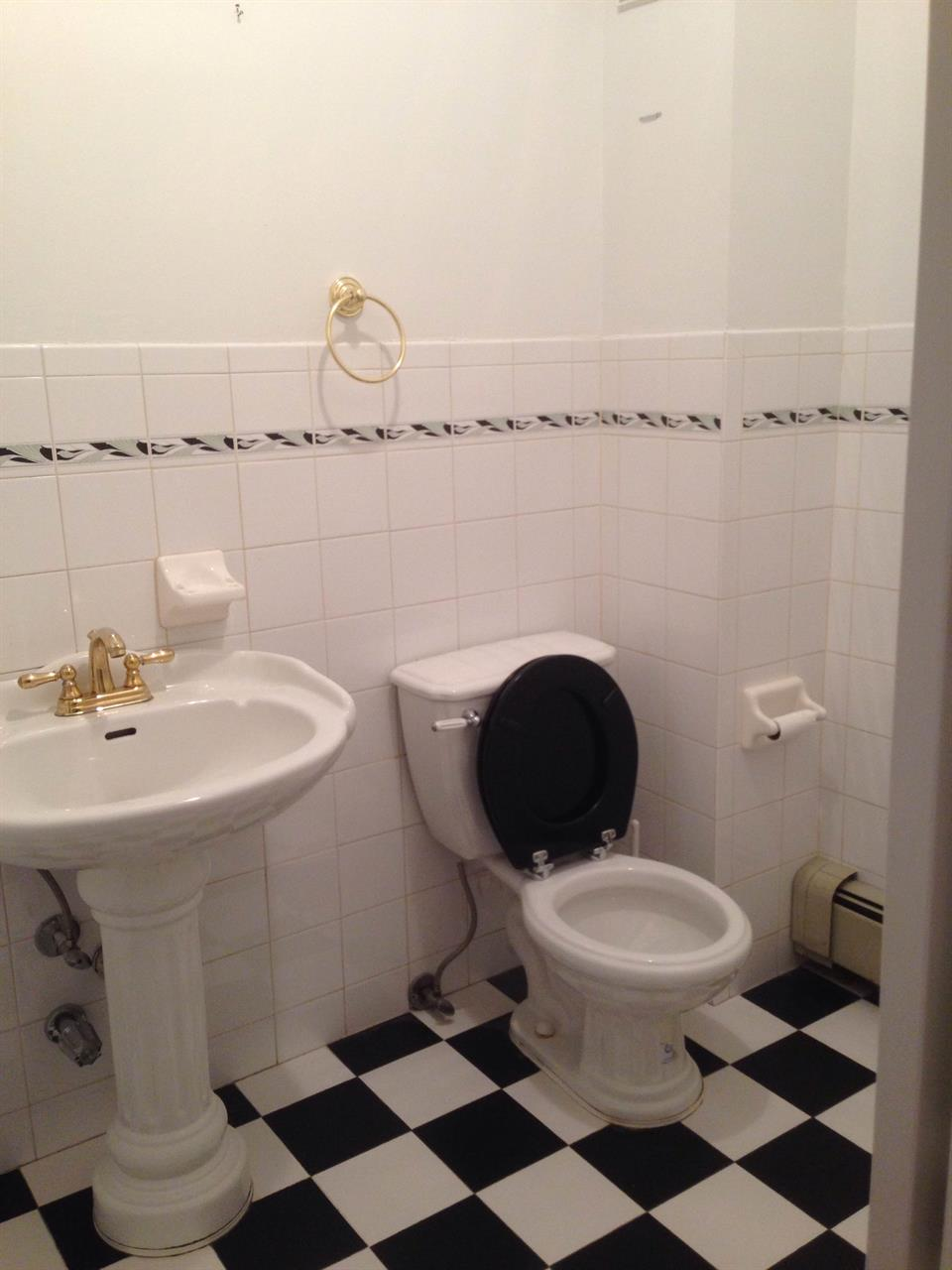Additional photo for property listing at 916 Bay Ridge Pkwy  Brooklyn, New York 11228 United States
