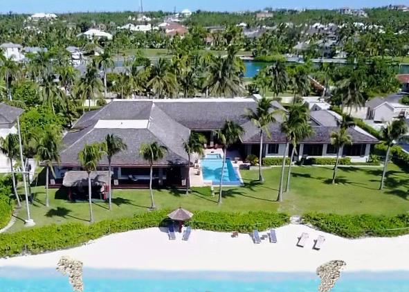 Luxury for Sale at Villa Delicias, Lyford Cay Beachfront House Lyford Cay, Nassau And Paradise Island Bahamas