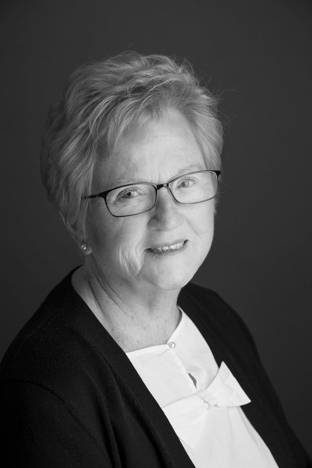 Mary Bonnie Leggett