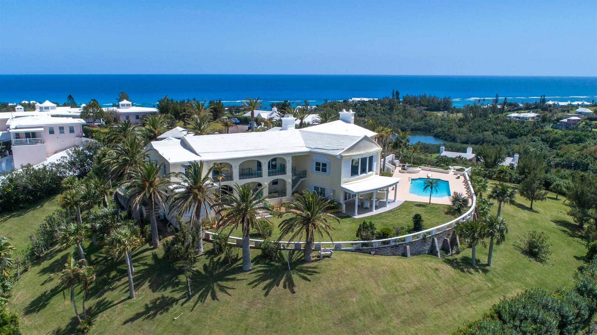 forty palms a luxury home for sale in hamilton parish bermuda