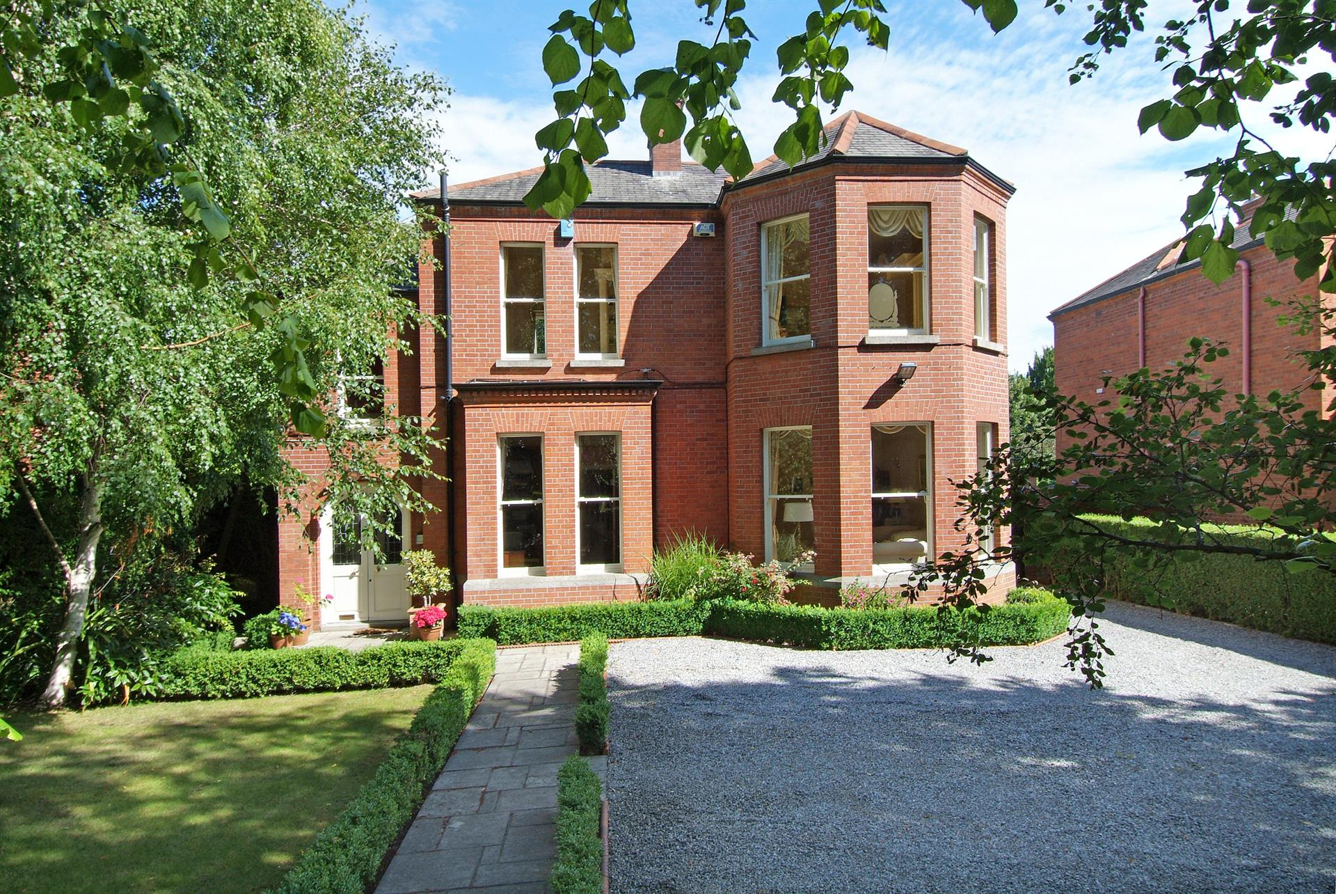 Ireland real estate for sale christie 39 s international for Luxury homes for sale ireland