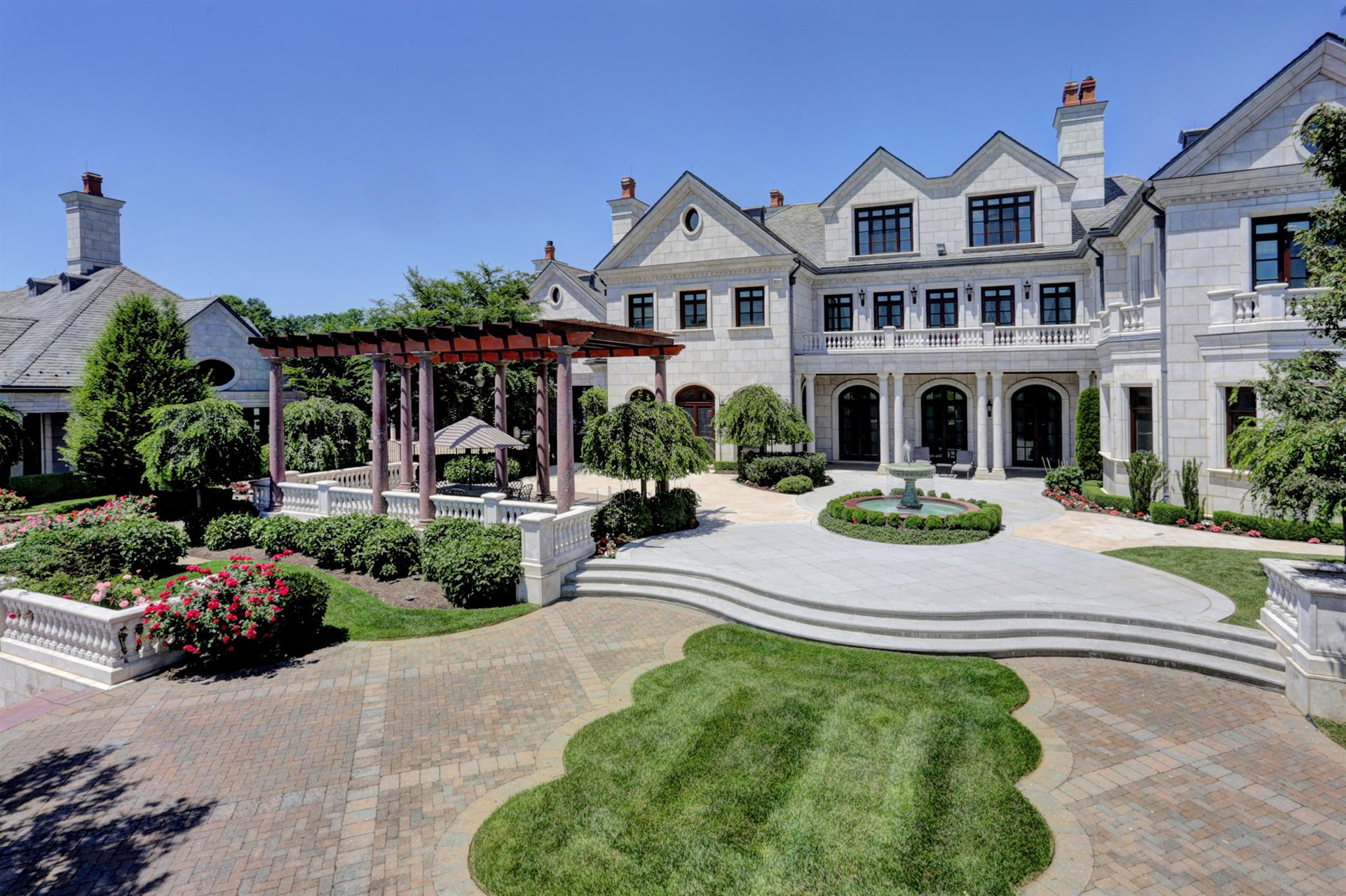 Horse Property For Sale At Equestrian Estate, Discovery Manor New York,  United States