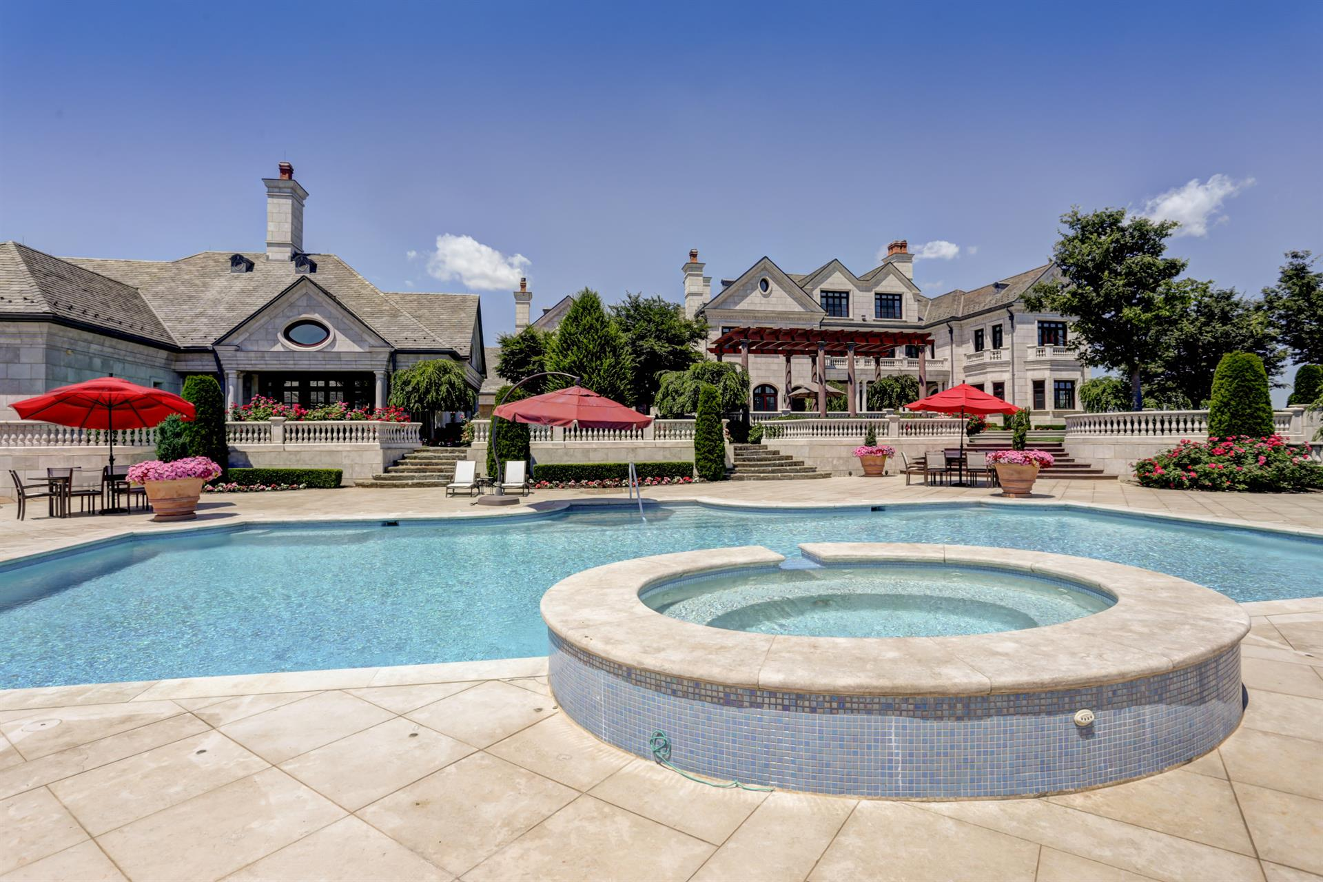 Discovery Manor, Resort-Style Compound within One Hour of New York ...