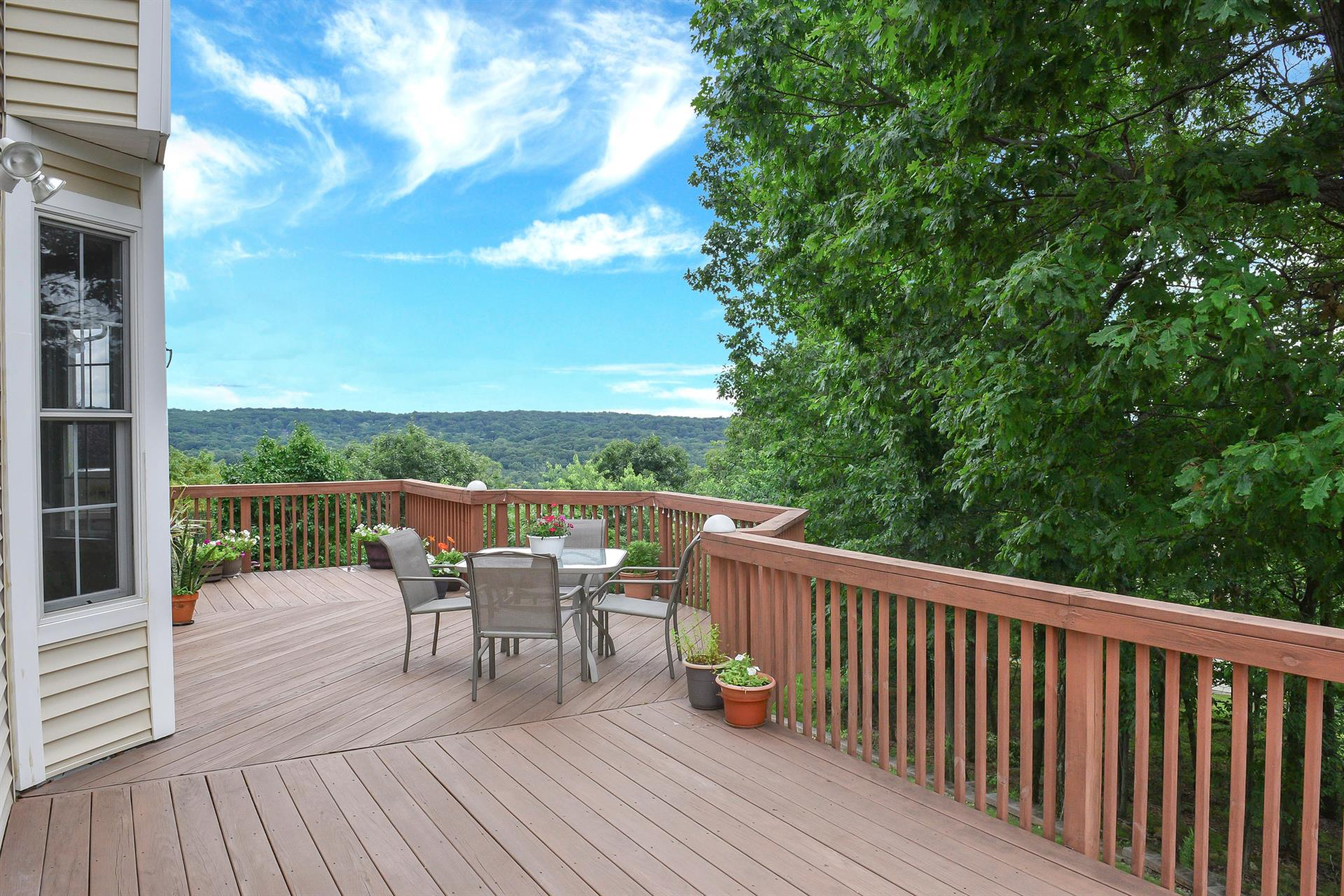 Cotswold Estates: a luxury home for sale in Oakland, Bergen County ...
