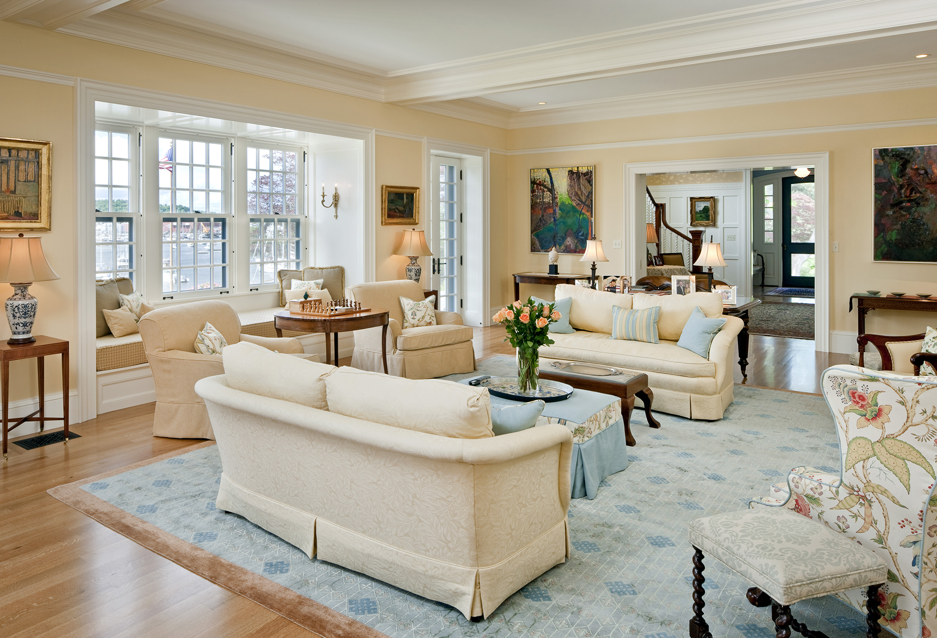 Tour a Revitalized Federal-Style Home in Wilton ...