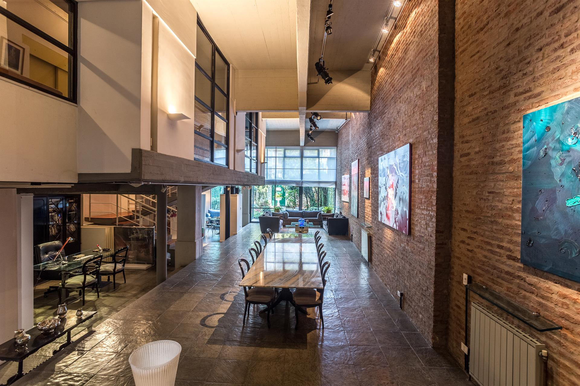 INCREDIBLE NEW YORK-STYLE LOFT: A Luxury Home For Sale In