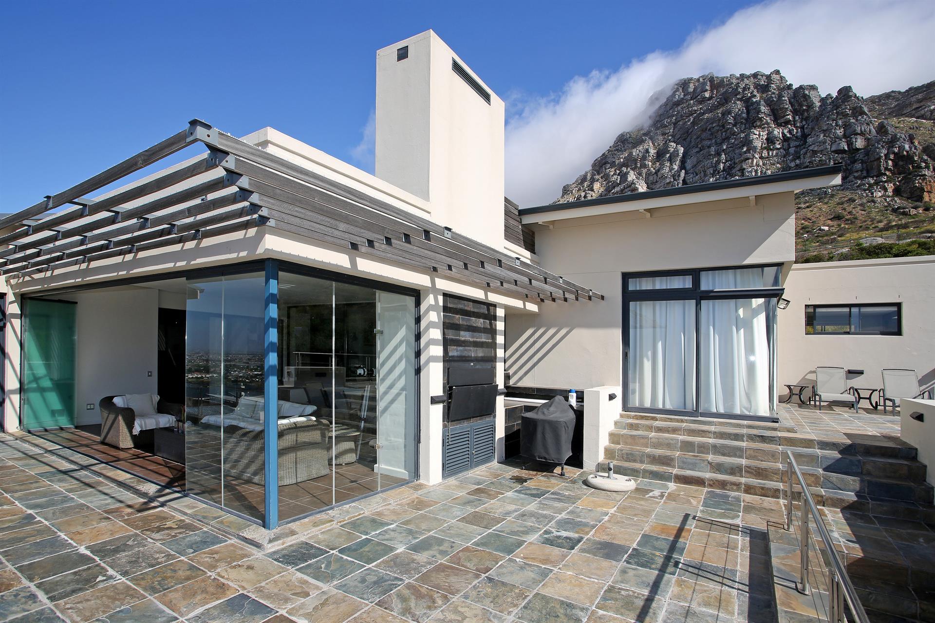 Designer living in stonehurst mountain estate a luxury