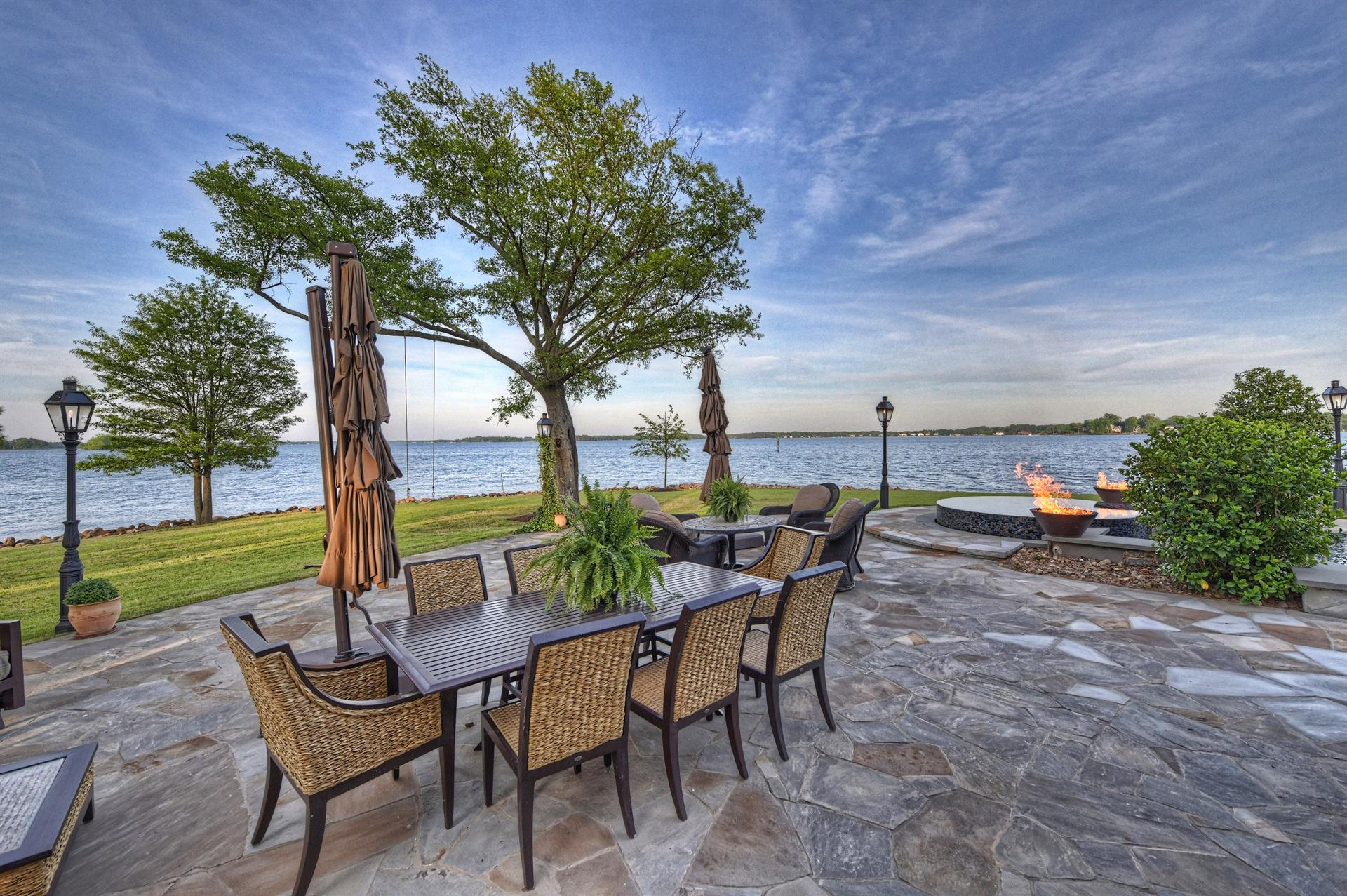 Lake Norman Waterfront Estate: a luxury home for sale in ...