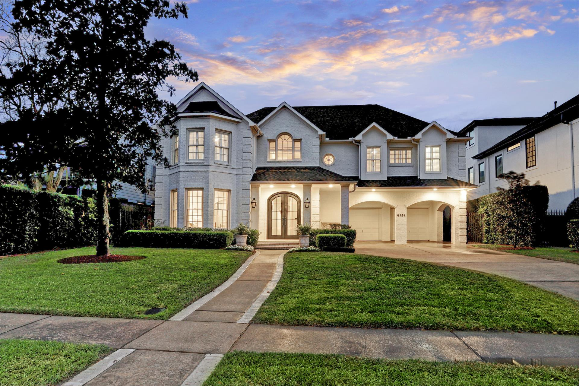 Single Family Home For Sale At Elegant Family Home In West University 6414  Auden Street Houston