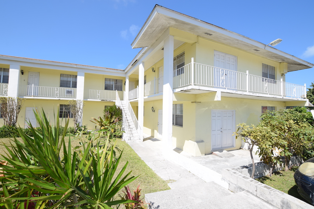 Chippingham Nassau And Paradise Island Apartments / Flats ...